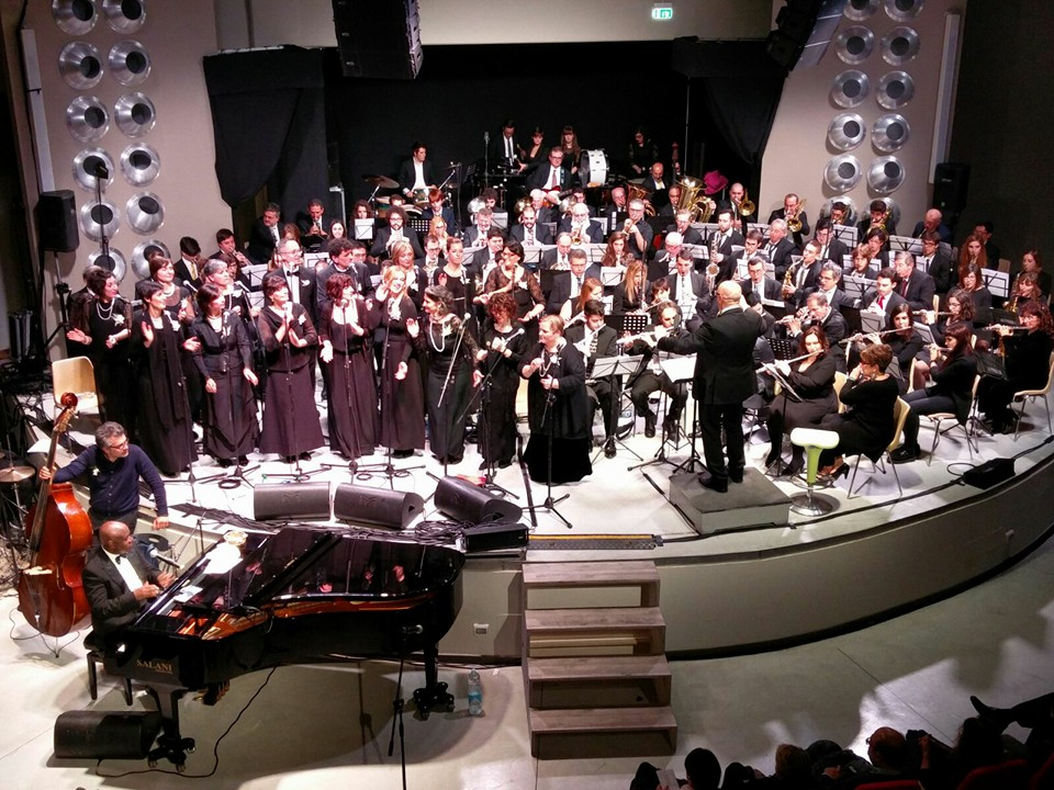 Faith Gospel Choir, Nehemiah Brown e la filarmonica G.Andreoli